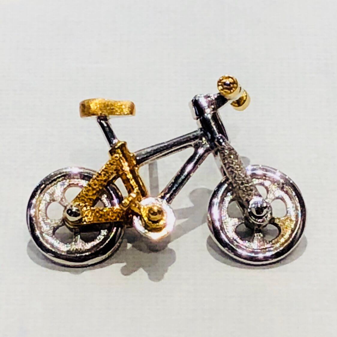 K18・silver925 自転車 ミニブローチ